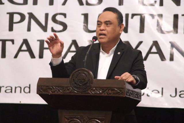 Menpan RB Drs. Syafruddin, Penanganan PNS Tersangkut Tipikor Harus Komprehensif