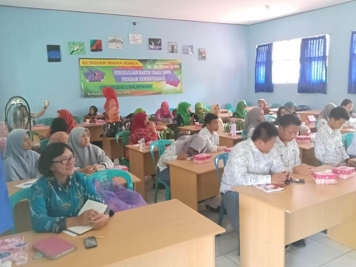 Setelah Mengikuti Seminar Pembekalan Manajemen  Kewirausahaan Kantin Siswa SMA Neg. 5, Para Peserta Semuanya Termotivasi