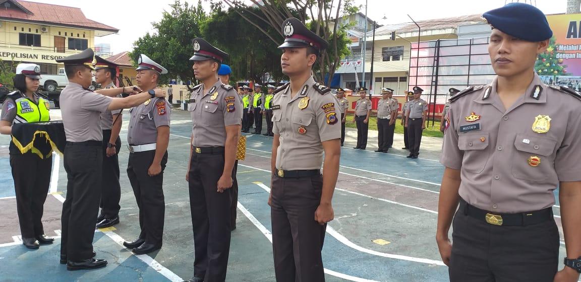 Upacara Korps Raport Kenaikan Pangkat Personil Polres Poso dan Batalion B Brimobda Sulteng