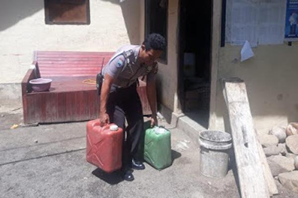 Berkat Laporan Warga, Penjual Miras di Kecamatan Lembeh Utara Bitung Diamankan Polisi