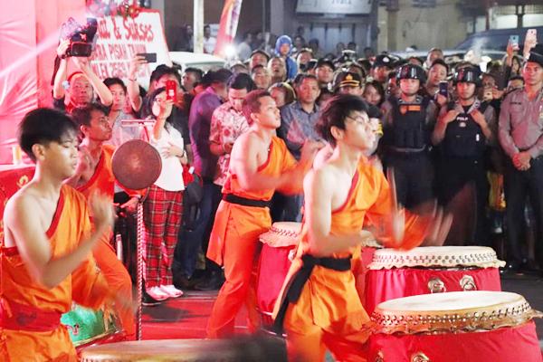 Malam Pergantian Tahun Baru Imlek 2570 di Kota Manado Berlangsung Meriah dan Aman