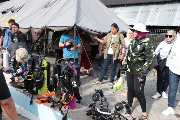 Jelang Pemecahan Rekor Dunia Selam Massal, Ketua WASI Cek Lokasi di Pantai Megamas Manado Sulut