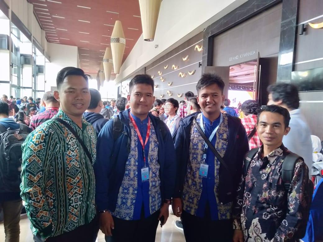 Dua Orang Siswa MAN IC Paser Jadi Duta OSN di Manado