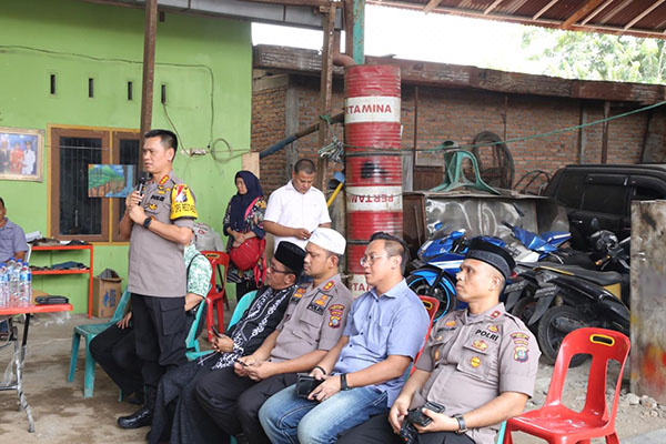 Kapolrestabes Medan Himbau Warga Jalan Jermal 15 Hindari Narkoba