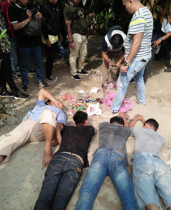 Polrestabes Medan Gerebek Kampung Narkoba Ringkus Belasan Orang