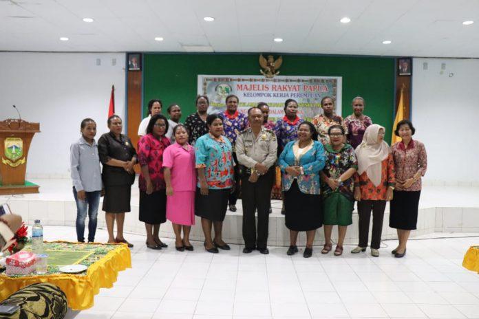 Kapolres Keerom Akbp Muji Windi Harto, S. IK., S.H Mengikuti Acara Kunjungan Kerja MRP Pokja Perempuan