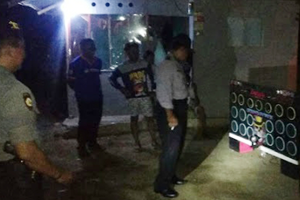 Personel Polsek Bubarkan Acara Disco Tanah Tak Berijin di Desa Kema