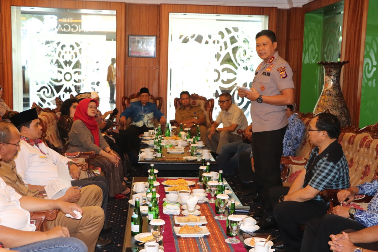 Kapolda Kalimantan Timur Laksanakan Audiensi Bersama Perkumpulan Rektor Universitas Se-Kaltim