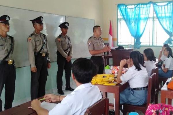 Cegah Kenakalan Remaja, Satuan Binmas Polres Kotamobagu Gelar Oprasi Binakusuma di Sekolah-Sekolah