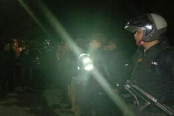 Tarkam di Perbatasan Desa Karondoran & Sumarayar, Personel Polsek Langowan Kejar Pelaku Penganiayaan
