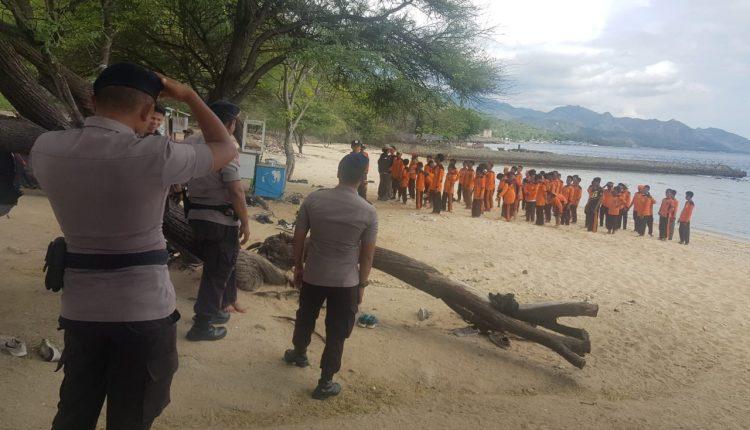 Tim SAR ILATO Satbrimob Polda Gorontalo Lakukan Patroli & Siaga SAR Untuk Hadapi Liburan Akhir Pekan