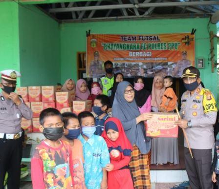 Kapolres Penajam & PJU Berikan Bantuan Sembako di Panti Asuhan Uswatun
