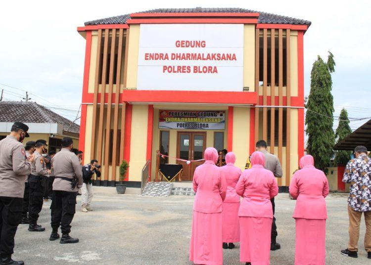 """Tahun Baru 2021, Kapolres Blora Resmikan Gedung Pelayanan Terpadu """" Endra Dharmalaksana """""""