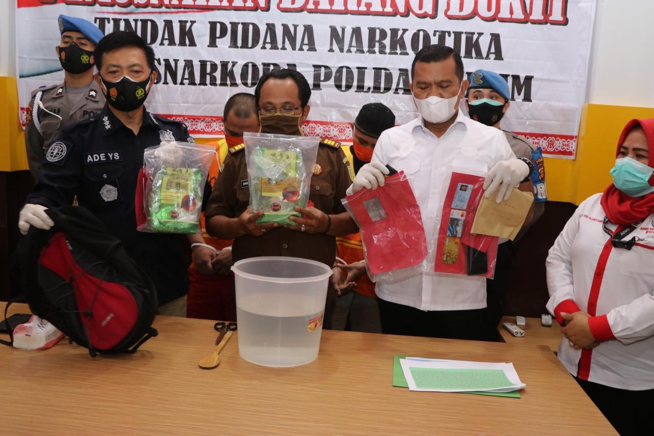 Polda Kaltim Laksanakan Konferensi Pers Pemusnahan 2182,75 Gram BB Narkotika Jenis Sabu