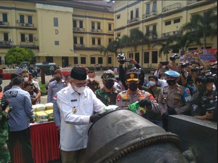 Polda Aceh Musnahkan Barang Bukti Narkoba Jenis Sabu Sebanyak 404,9 Kg