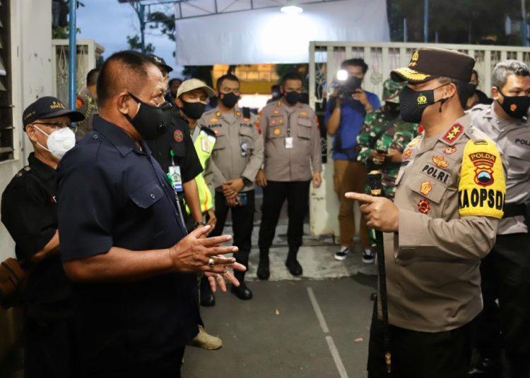 Berikan Rasa Aman, Kapolda Jateng Cek Posko Pengamanan Gereja di Kota Solo
