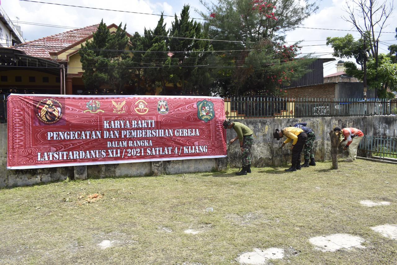 Mantapkan Sinergitas, Taruna Latsitardanus 41 Bersama Masyarakat Renovasi Gereja, Masjid & Rumah