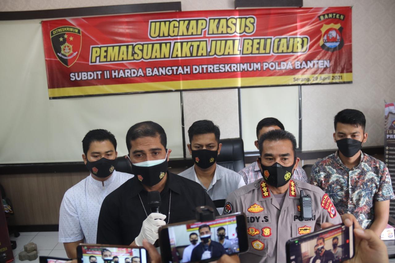 Ditreskrimum Polda Banten Tangkap Tersangka Pembuat 690 AJB Palsu