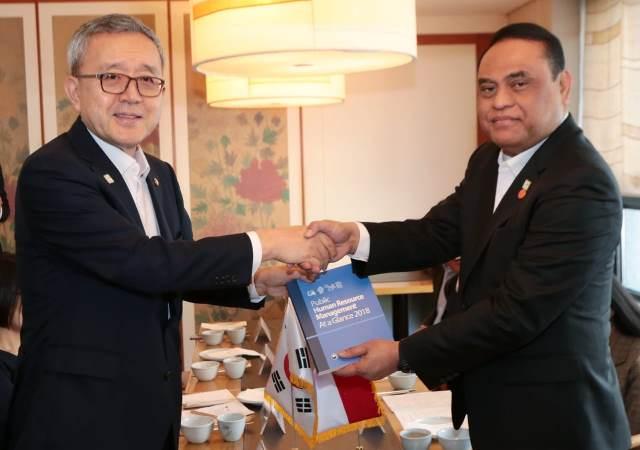 Gandeng Korea Selatan, Menpan RB Drs. Syafruddin Ingin Rekruitmen CPNS Ditingkatkan Kualitasnya