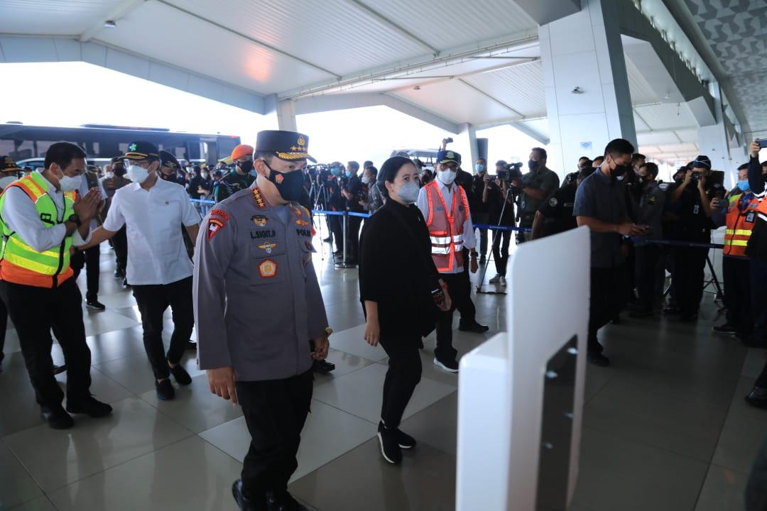 Tinjau Arus Mudik di Bandara Soetta, Kapolri Minta Perketat Pengawasan Warga Asal Luar Negeri
