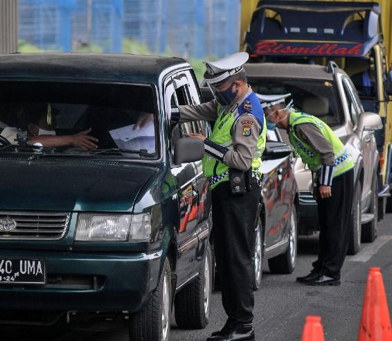 Polisi Wajibkan Pemudik Sebelum Masuk Wilayah Jakarta Bawa Surat Bebas Covid-19