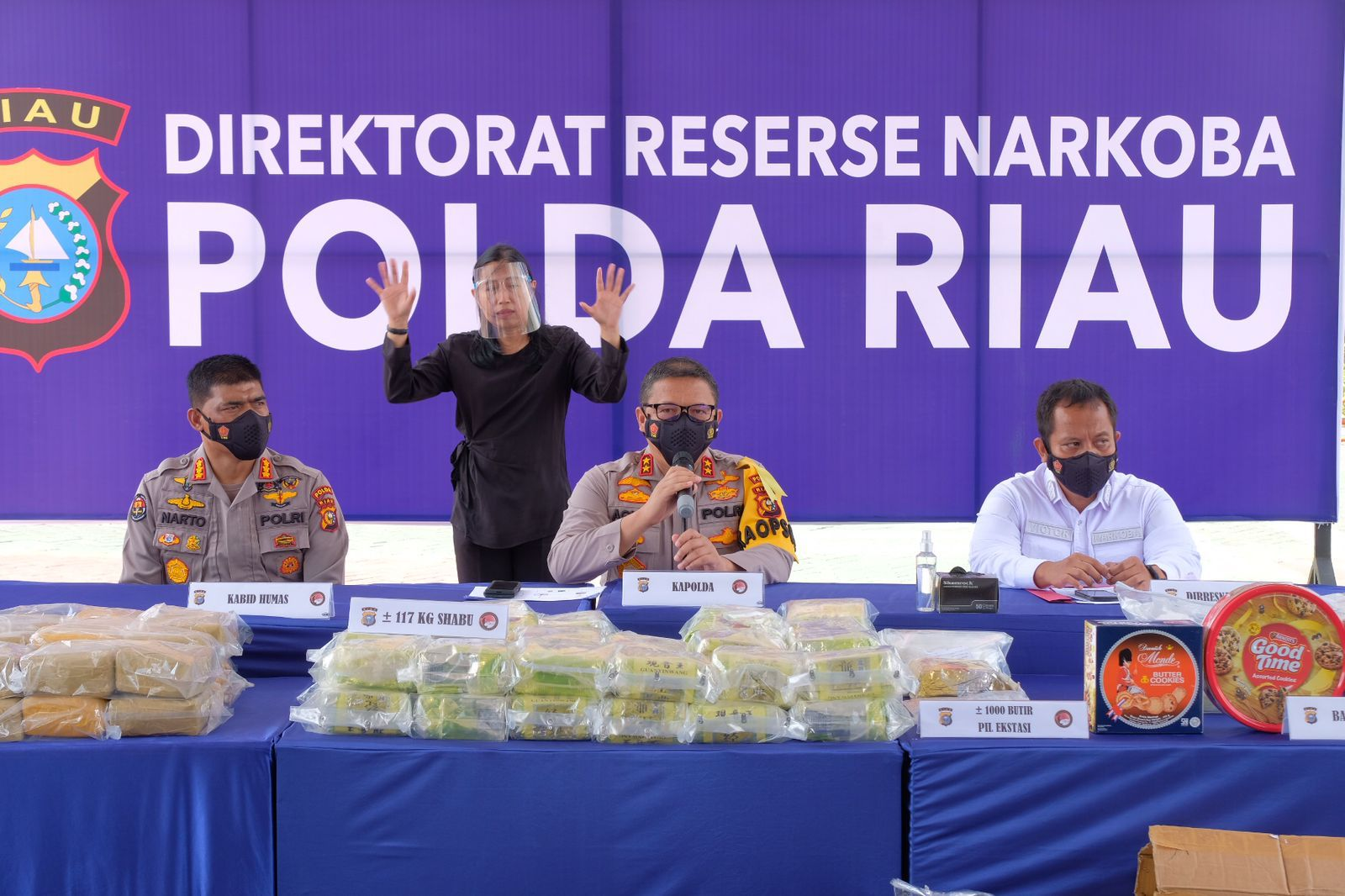 Bongkar 7 Jaringan Narkoba Asal Malaysia, Polda Riau Sita Barang Bukti 117 Kg Sabu & 1.000 Pil