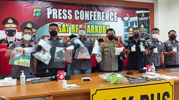 Polres Metro Jakarta Pusat Bongkar Home Industry Ineks Palsu di Johar Baru