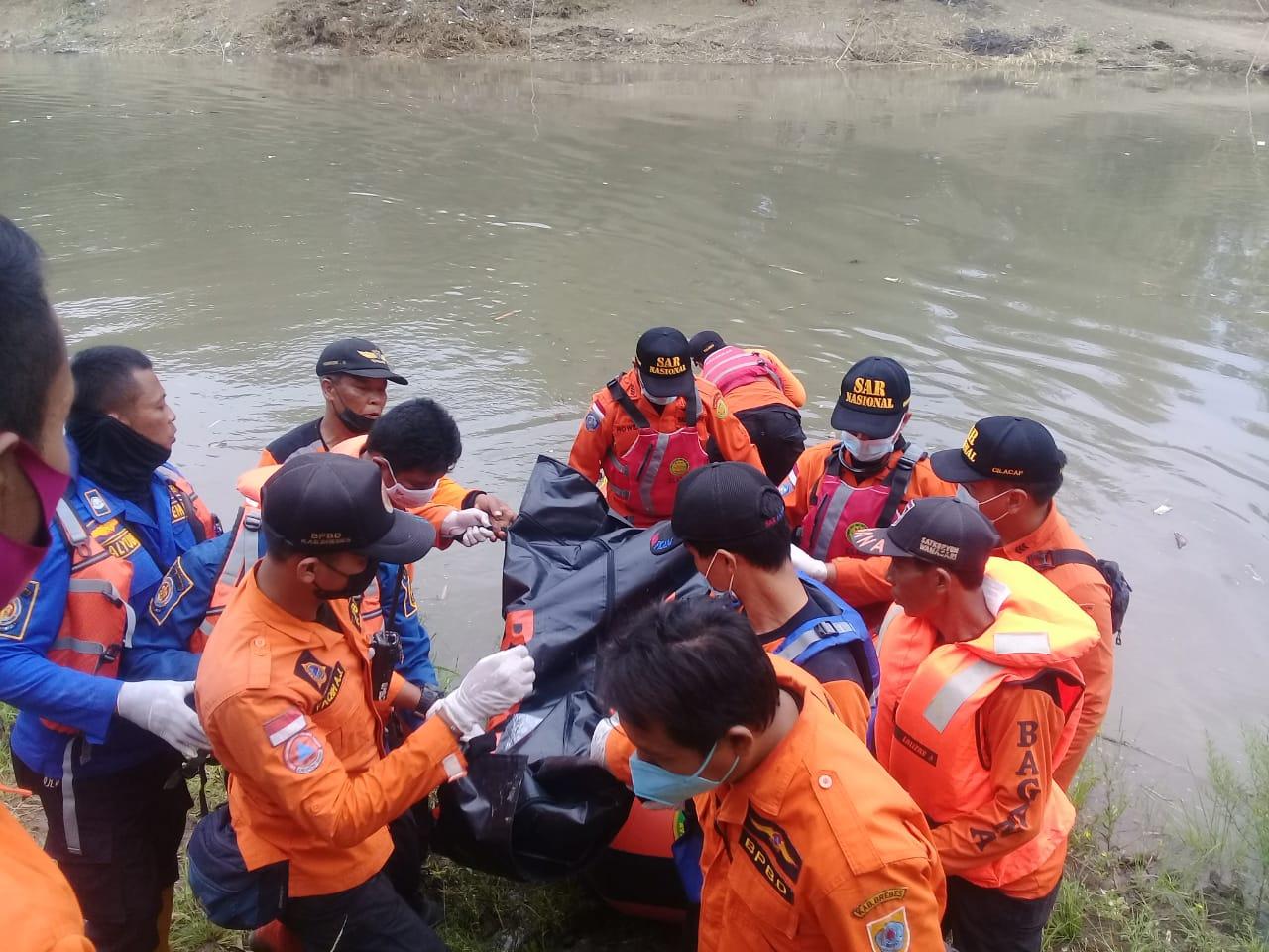 Petugas Gabungan Berhasil Mengevakuasi Bocah Tenggelam di Sungai Pemali Brebes Jawa Tengah