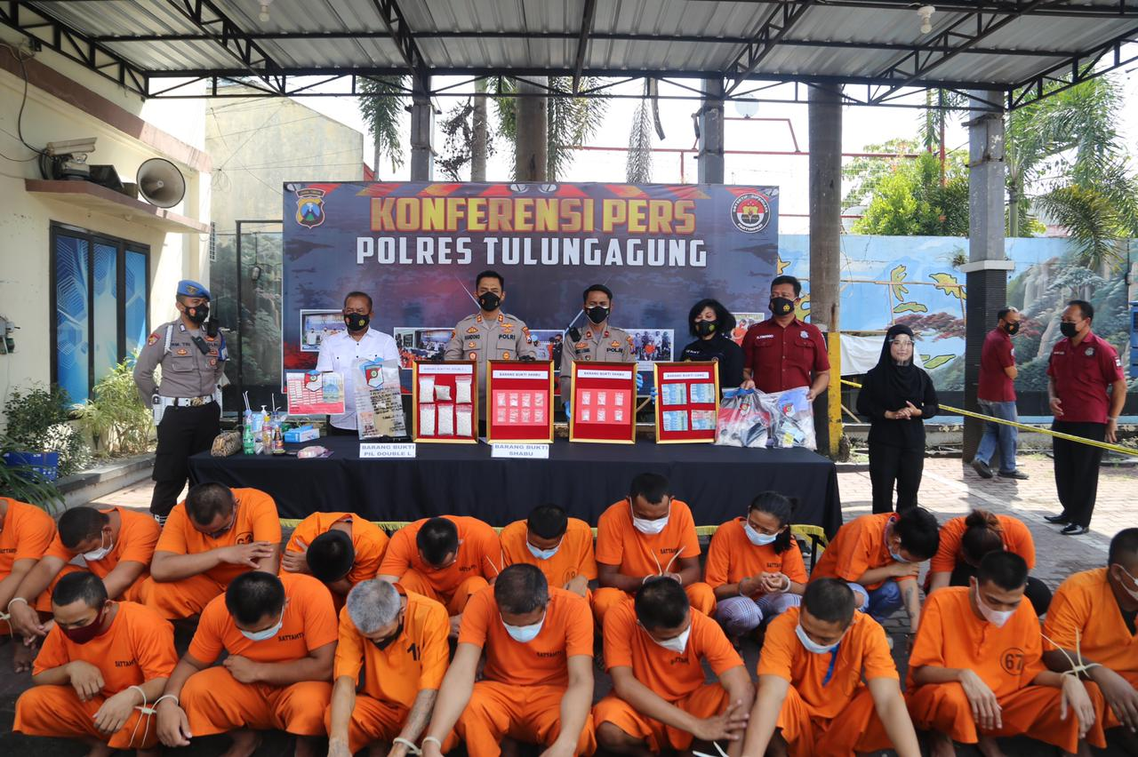 Ops Tumpas Narkoba, Polres Tulungagung Menangkap 24 Orang Pelaku, 23 Gram Sabu dan Ribuan Butir Pil Double L